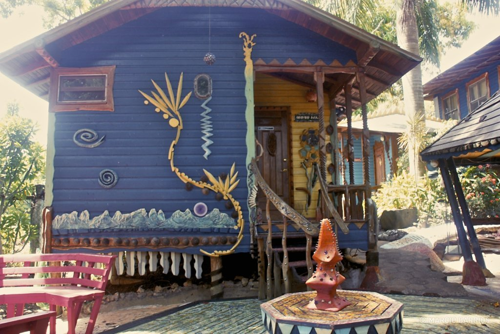 The unbelievable Jade Seahorse hotel