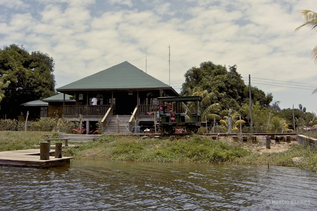 Main building of the Wildlife Refuge of Cuero y Salado
